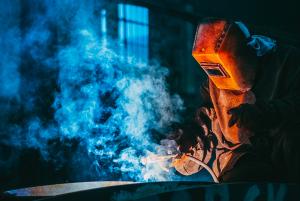 metallverarbeitung zerspahnung job industrietechniker mechaniker agil personalservice
