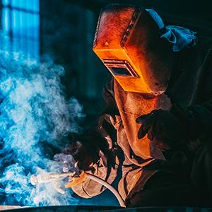 metallverarbeitung-zerspahnung-job-industrietechniker-mechaniker-agil-personalservice klein
